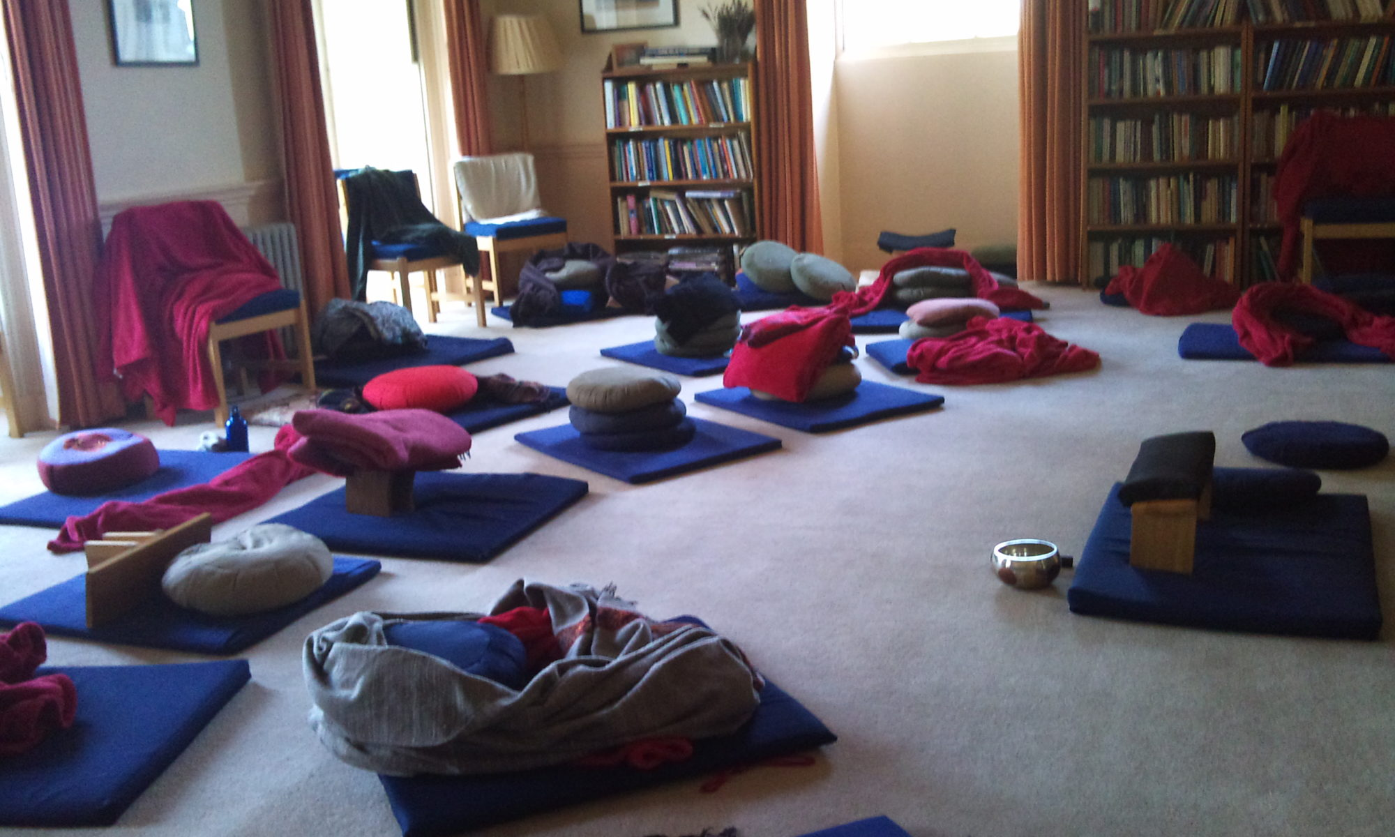Sit-and-Share Topic 2019-01-22 - Vince Cullen - Hungry Ghost Retreats - Nalagiri House